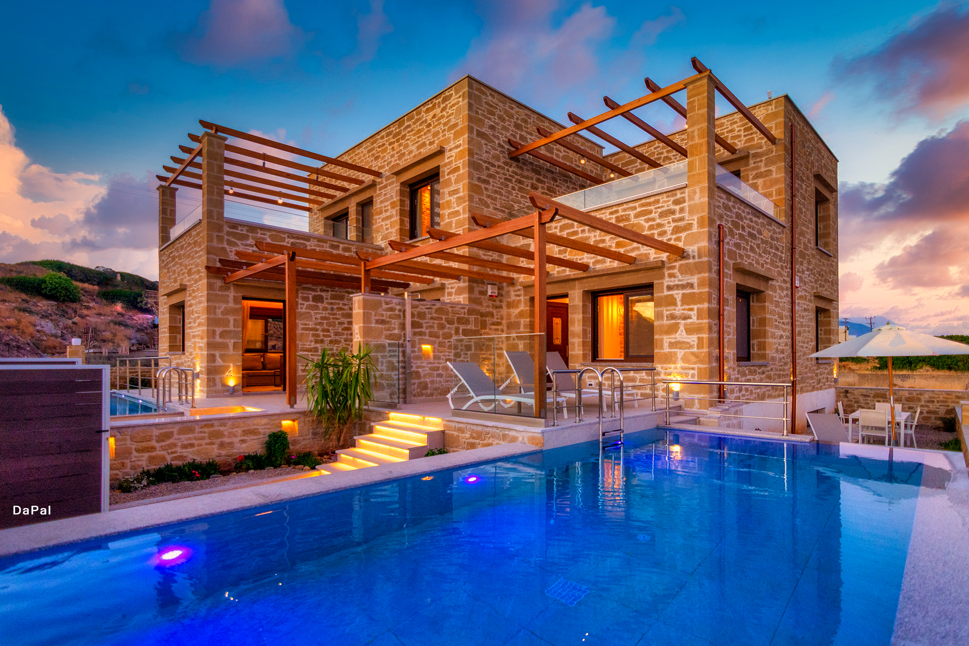 Anma & Athinais Villas